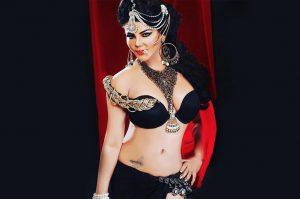 Rakhi Sawant accuses 'lesbian' Tanushree of raping her