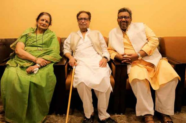 Bharati-Mangeshkar-Hridaynath-Mangeshkar-and-Adinath-Mangeshkar-at-the-announcement-of-Master-Deenanth-Mangeshkar-Smruti-Pratishthan-Awards-20191