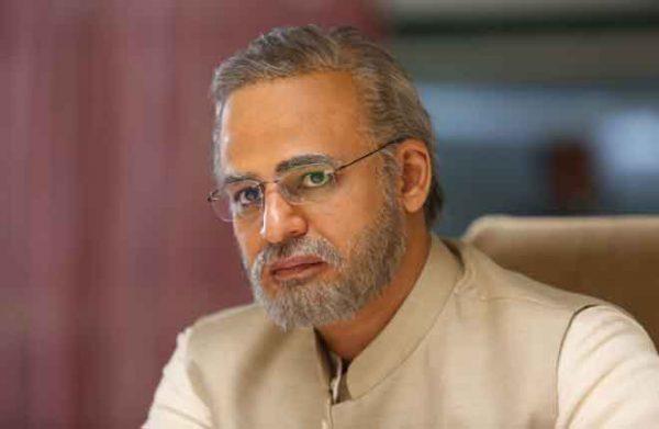 Actor-Vivek-Oberoi-in-PM-Narendra-Modi-stills-
