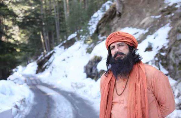 Actor-Vivek-Oberoi-in-PM-Narendra-Modi-stills-(1)