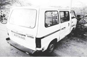 nagour-on-spot-khadi-van1