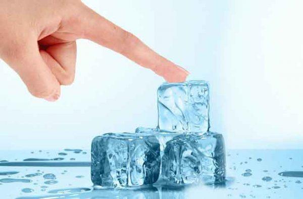 Finger-sticking-ice