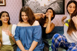 bollywood-veera-di-wedding-set-kareena-kapoor-khan-sonam-kapoor