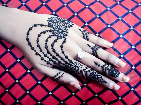 stylish-jewellery-henna-mehndi-design-8